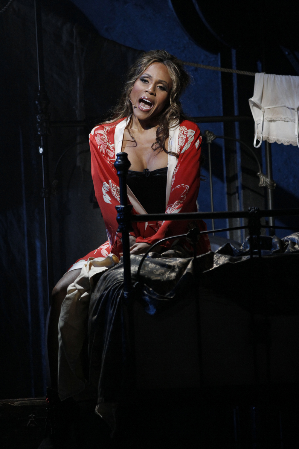jekyll hyde The epic struggle between good and evil comes to life on stage in the musical  phenomenon, jekyll & hyde based on the classic story by.
