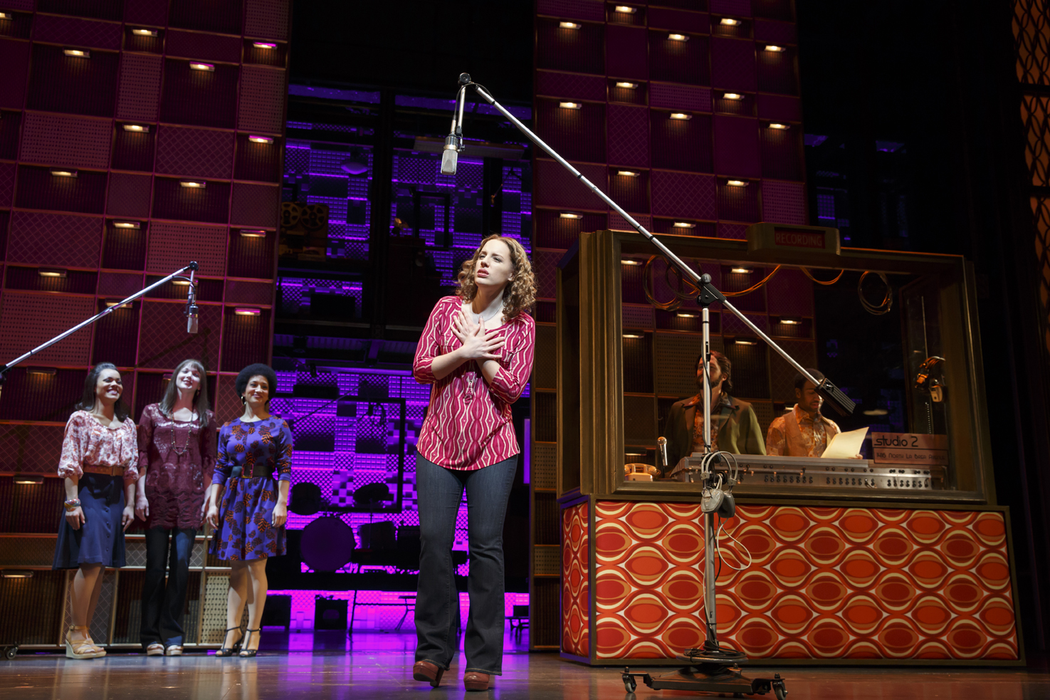 Beautiful the carole king musical review broadway by the for The broadway