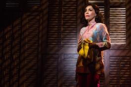 12-0719-Andréa Burns as Gloria's mother, Gloria Fajardo, in ON YOUR FEET! (c) Matthew Murphy