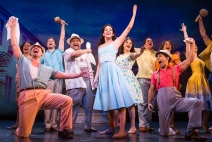 17-2938_Ana Villafañe, center, and cast of ON YOUR FEET! (c) Matthew Murphy