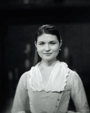 Phillipa Soo as Eliza (nee Schuyler) Hamilton